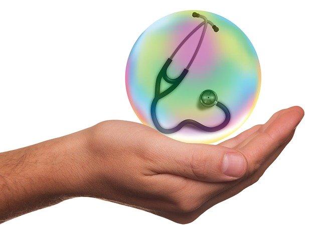 हेल्थ इंश्योरेंस क्या है और क्यों जरूरी है